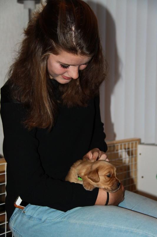 Arlette, weet precies hoe ieder hondje heet!!