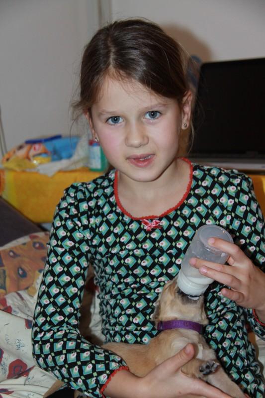 Sienna wilde ook een flesje geven.